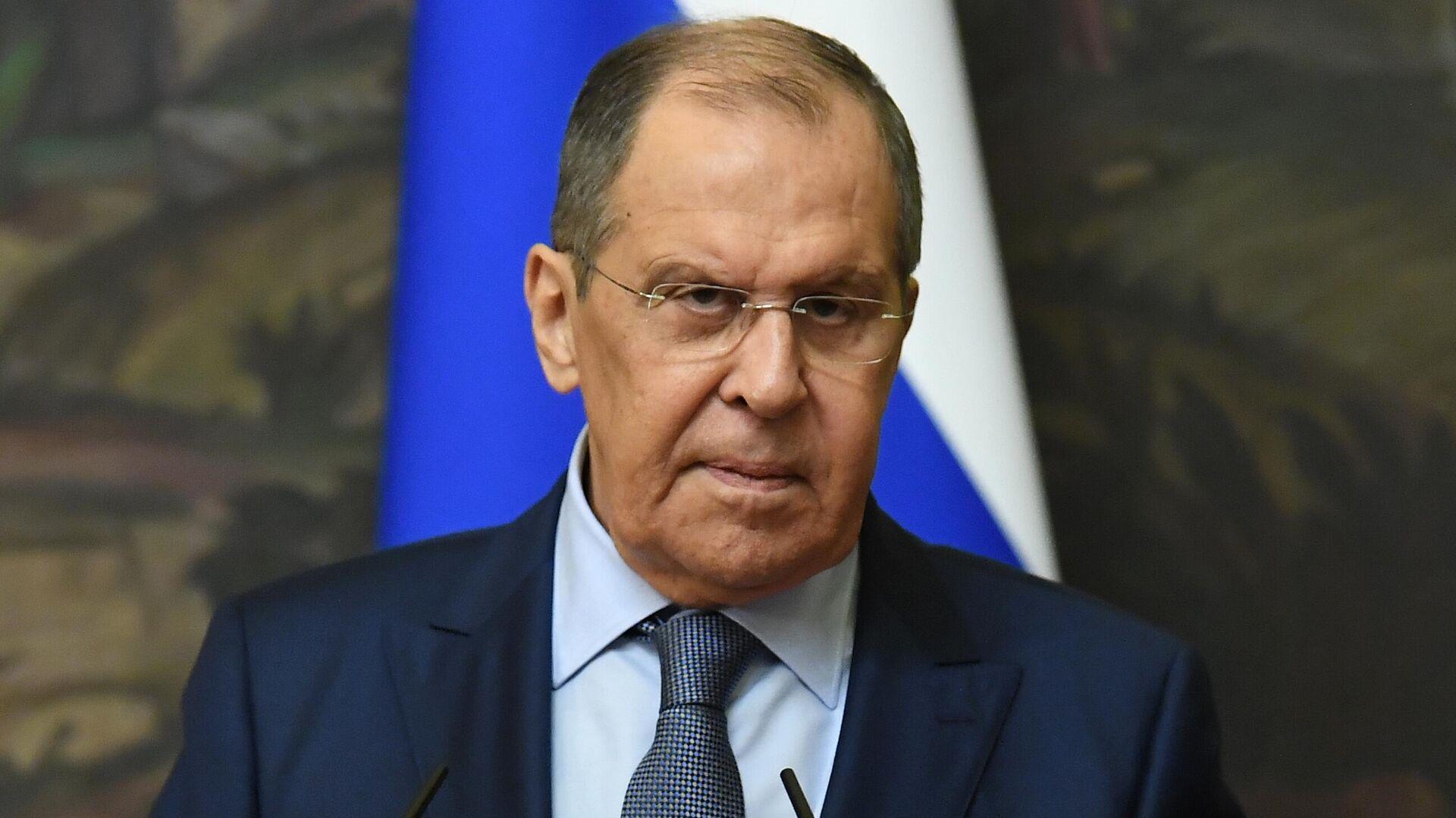 Лавров: Запад в линии на сдерживание России использует историческую память