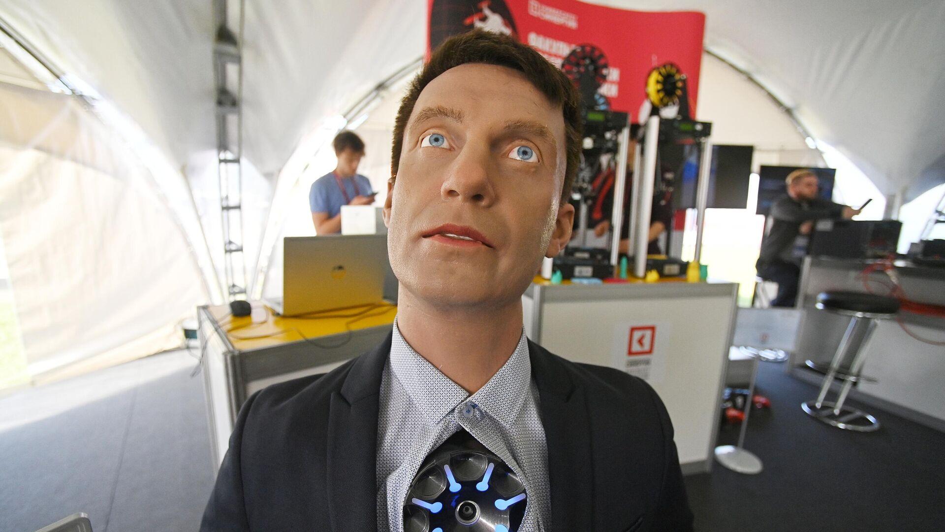 """""""Промобот"""" разработал человекоподобного робота"""