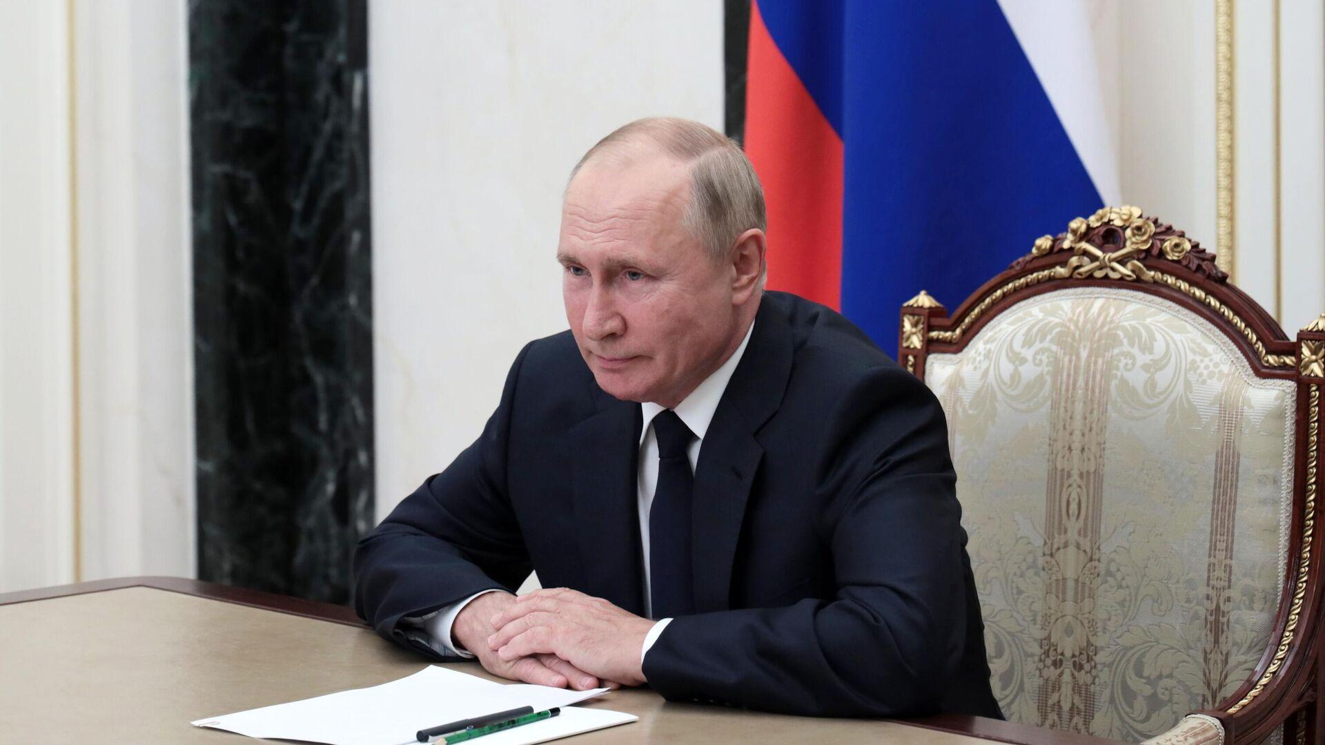 Путин призвал навести порядок в строительной сфере в Ульяновской области