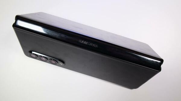 Обзор Samsung Galaxy Z Fold3: складной смартфон по цене трех iPhone