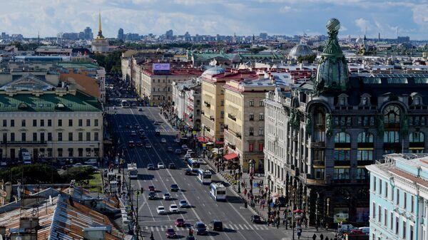 Вид со смотровой площадки Думской башни в Санкт-Петербурге