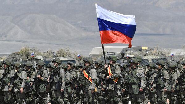 Военнослужащие ВС РФ на учениях ОДКБ Рубеж-2021 на полигоне Эдельвейс в Иссык-Кульской области Киргизии