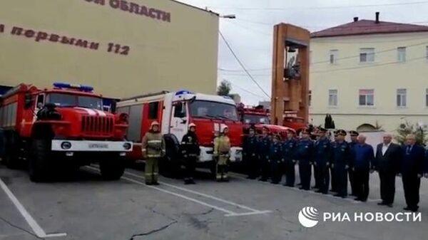 Спасатели МЧС включили мигалки и сирены в память о Зиничеве