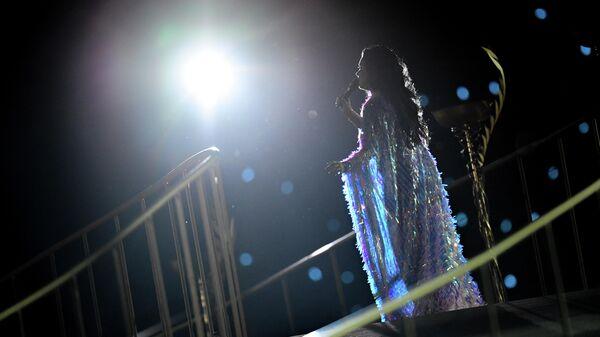 Оперная певица Анна Нетребко (сопрано) выступает на торжественной церемонии открытия II Европейских игр в Минске