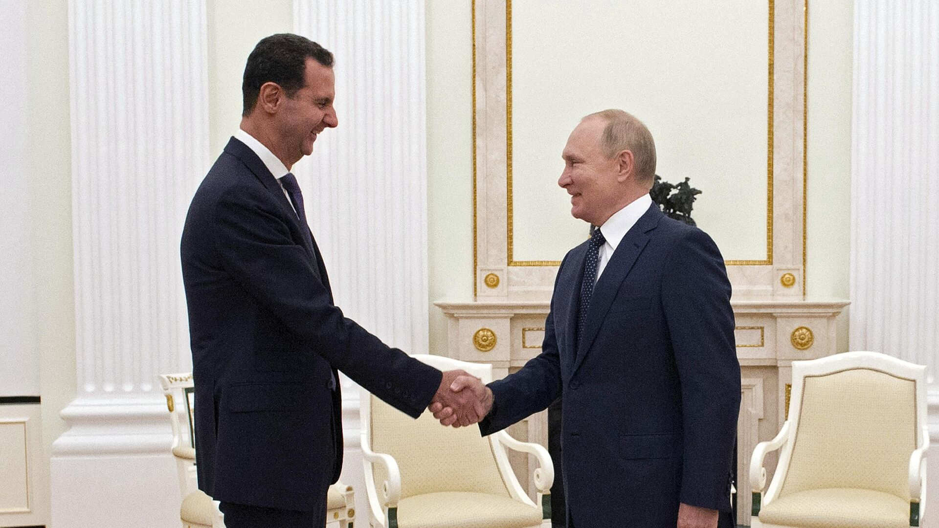 Президент РФ Владимир Путин и президент Сирии Башар Асад во время встречи в Москве - РИА Новости, 1920, 15.09.2021