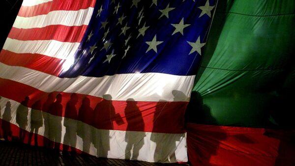 Флаги США и Болгарии в Софии