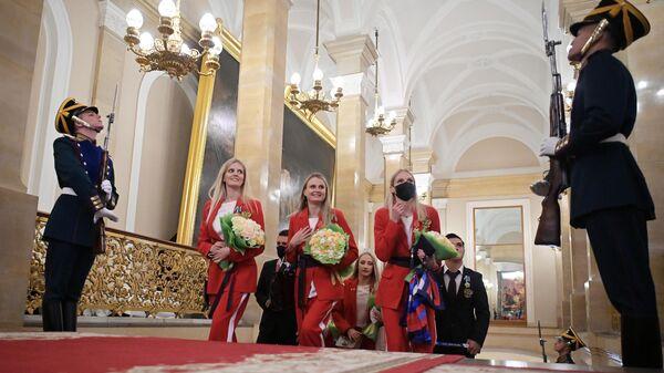 Победители XXXII летних Олимпийских игр в Токио перед встречей с президентом РФ Владимиром Путиным в Кремле