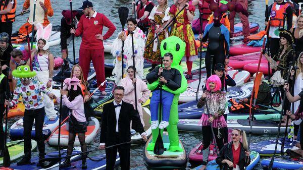 Фестиваль SUP (Stand Up Paddle) - серфинг на гребном канале в Москве