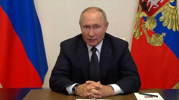 Путин рассказал, кто заболел в его окружении