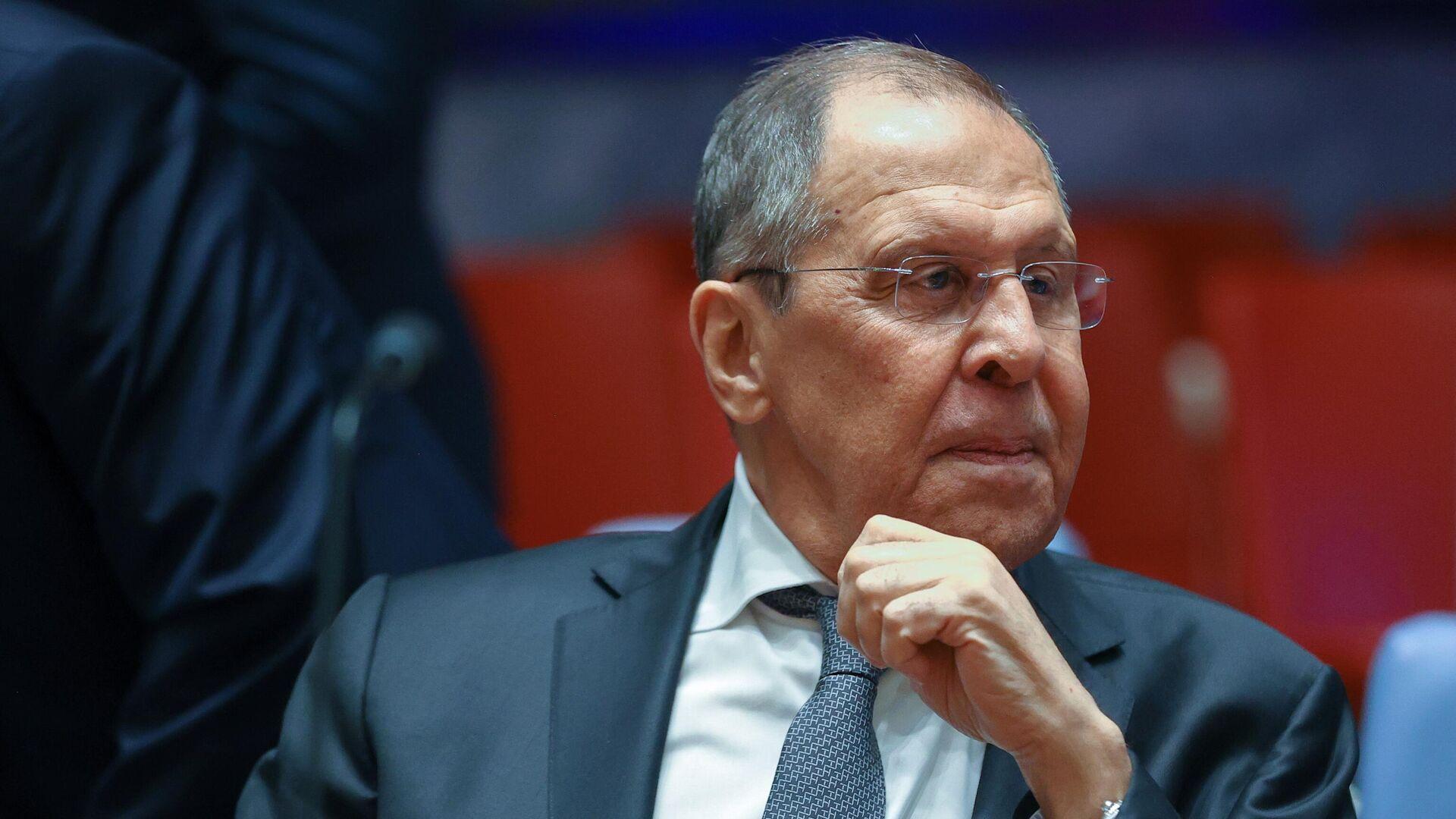 Лавров назвал вызовом намерение некоторых стран милитаризировать интернет