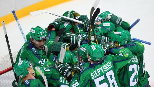 Хоккеисты Салавата Юлаева, архивное фото