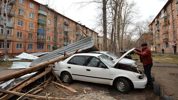 Последствия урагана в Омске