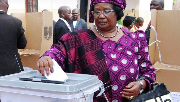 Президент Малави Джойс Банда на выборах