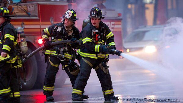Тушение пожара в Нью-Йорке