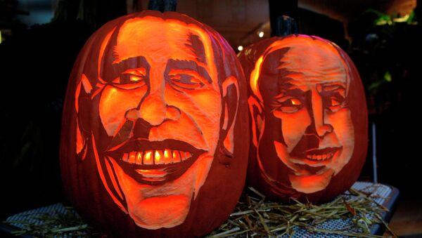 Изображения президента США Барака Обамы и сенатора Джона Маккейна. Архивное фото