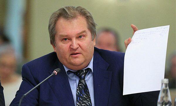 Депутат фракции Справедливая Россия Михаил Емельянов. Архивное фото