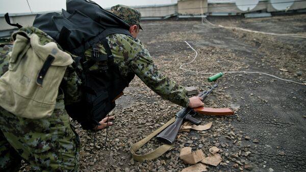 Боец народного ополчения под Луганском