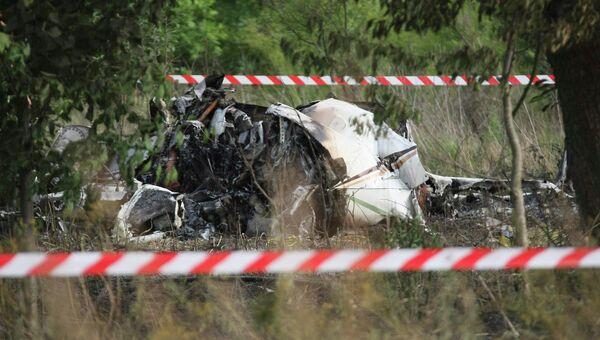 На месте крушения самолета PA-31T в окрестностях населенного пункта Тополев в Польше