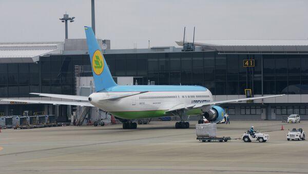 Самолет компании Узбекские авиалинии. Архивное фото