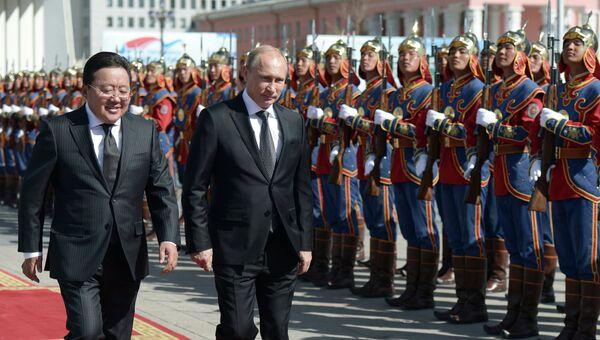 Рабочий визит В.Путина в Монголию. Архивное фото