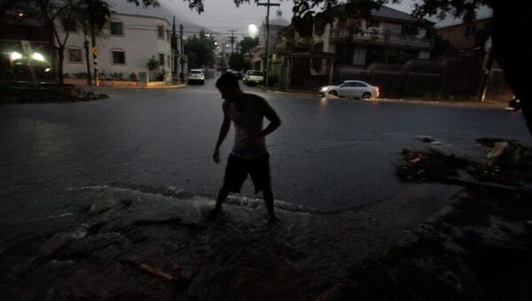 Ураган Симон у берегов Мексики