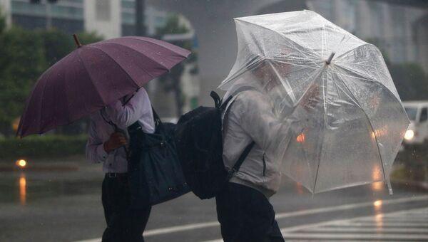 Тайфун Фанфон я Японии, 6 октября 2014