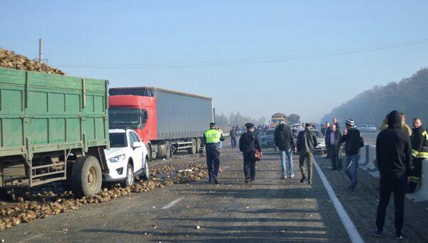 Крупная авария на Кубани. Архивное фото