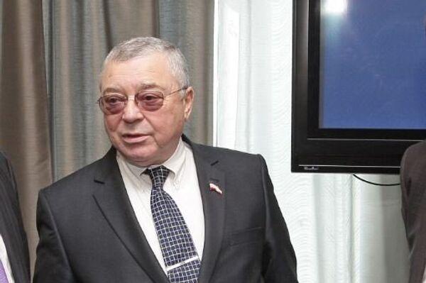 Апрель 2014. Председатель Общественной палаты Республики Крым Григорий Иоффе