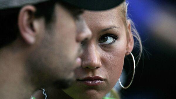 Испанский певец Энрике Иглесиас и российская теннисистка и фотомодель Анна Курникова. 2004 год