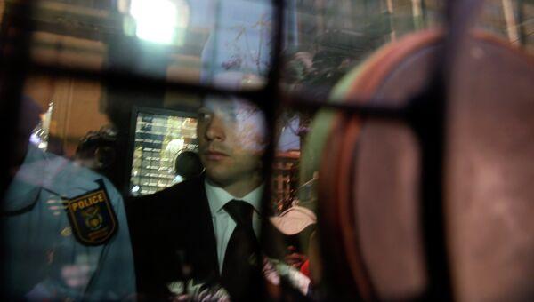 Южноафриканский легкоатлет-ампутант Оскар Писториус после оглашения приговора