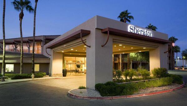 Отель Sheraton в городе Феникс, штат Аризона, США