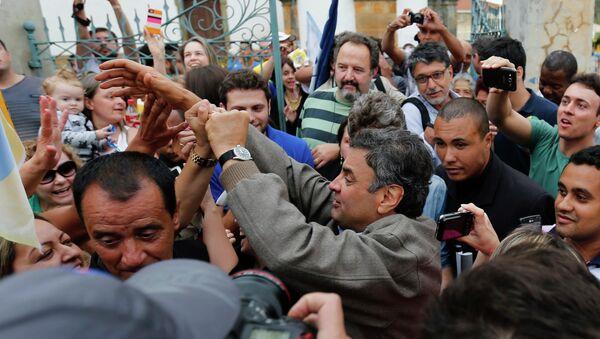 Кандидат в президенты Бразилии Аэсиу Невис