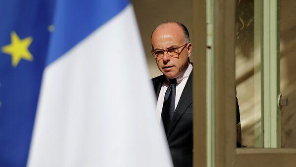Премьер-министр Франции Бернар Казнев. Архивное фото