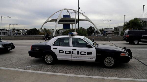 Полицейская патрульная машина в США