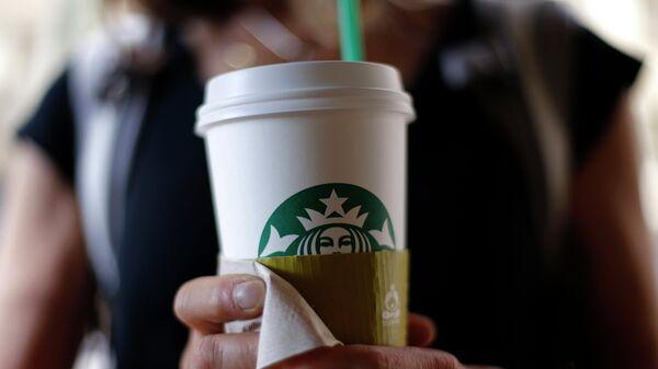 Сеть кофеен Starbucks. Архивное фото