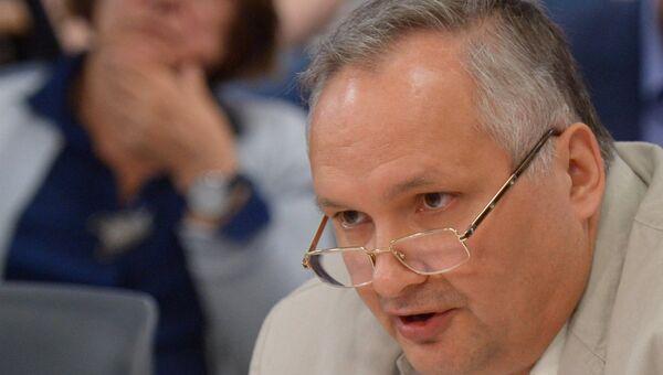 Заместитель декана факультета мировой экономики и мировой политики НИУ ВШЭ Андрей Суздальцев. Архивное фото