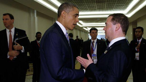 Председатель правительства РФ Дмитрий Медведев и президент США Барак Обама