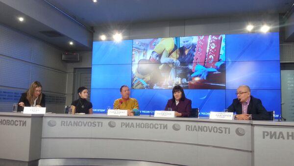 Пресс-конференции, посвященной началу строительства первого в столице буддийского храма.