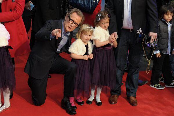 Актёр Билл Найи на премьере фильма Секретная служба Санта-Клауса