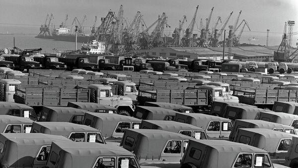 Советские машины перед отправкой в Арабскую Республику Египет. Черное море
