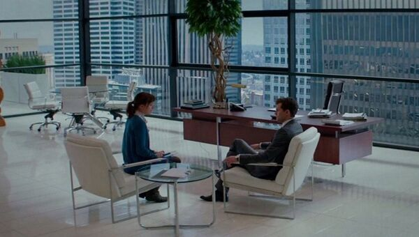 Кадр из фильма Пятьдесят оттенков серого