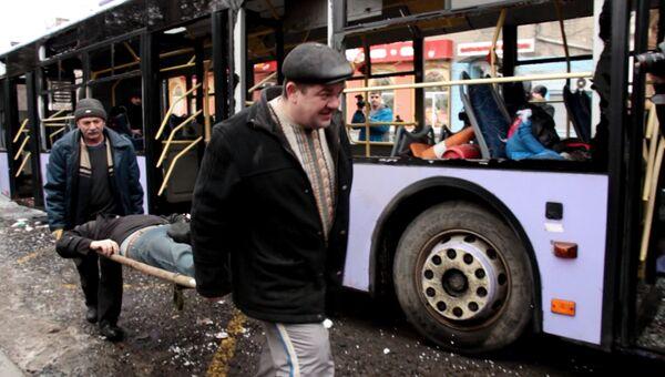 Обстрел остановки в Донецке (Скриншот с видео Ruptly)