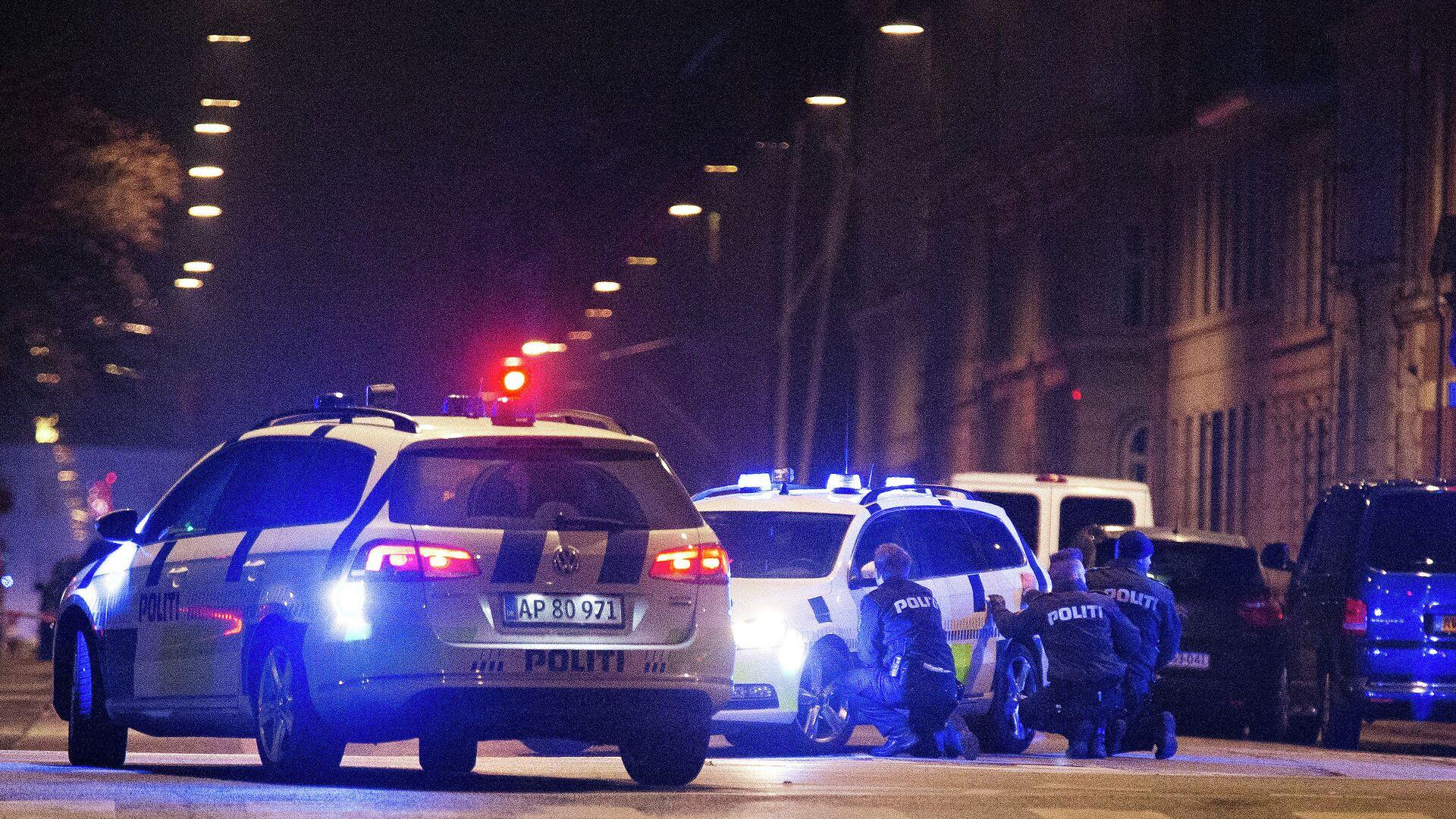 Полиция на месте стрельбы в Копенгагене, 15 февраля 2015 - РИА Новости, 1920, 10.05.2021