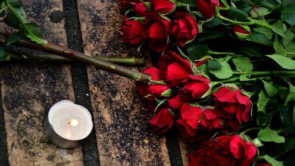 Цветы в память о Борисе Немцове