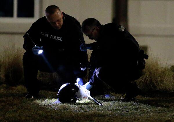Шлем пострадавшего в Фергюсоне полицейского