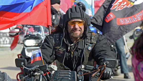 Президент Всероссийского мотоклуба Ночные волки Александр Залдостанов