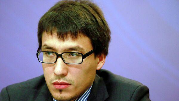 Вице-президент Центра политических коммуникаций Дмитрий Абзалов