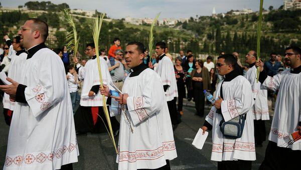 Католическая процессия в Иерусалиме на Пальмовое воскресенье