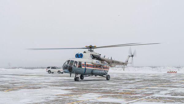 Вертолёт МИ-8 МЧС России. Архивное фото