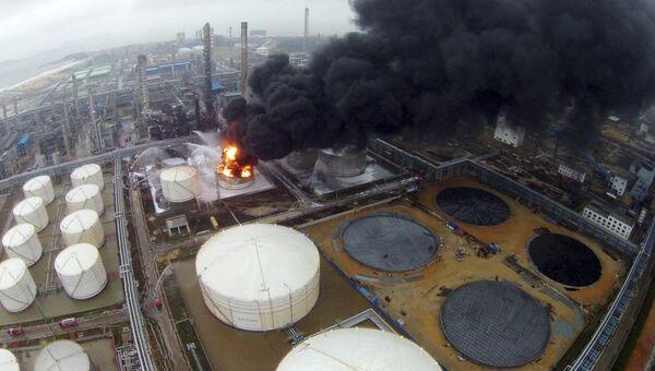Пожар на химзаводе в Чжанчжоу. 7 апреля 2015